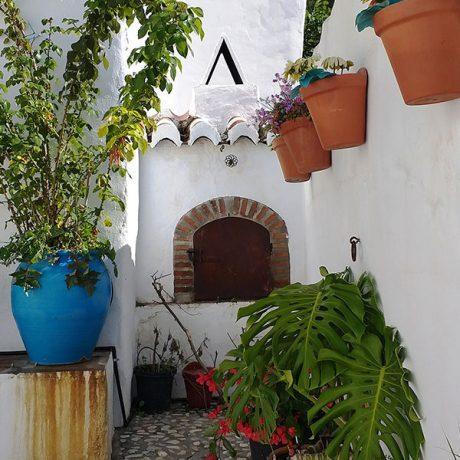 Cicerones-rurales-agroturismo-en-malaga-Axarquia-Me-Gusta-Ruta-Paisajes-con-Historias-Sierra-Tejeda-Almijara-horno