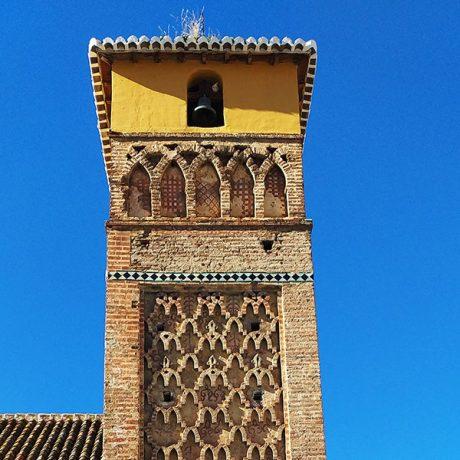 Cicerones-rurales-agroturismo-en-malaga-Axarquia-Me-Gusta-Ruta-Paisajes-con-Historias-Sierra-Tejeda-Almijara-torre